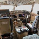 512px-boeing_777-200er_cockpit